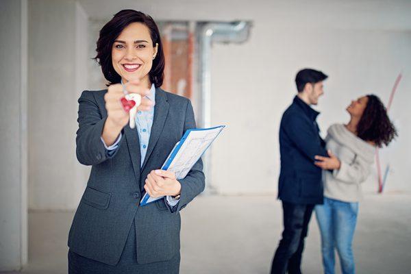 2 Benefits of Hiring Brokers to Find Tenants - AtoAllinks