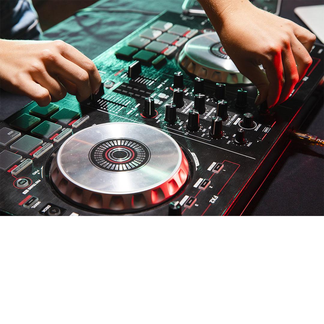 DJ Equipment for Beginner's DJ Setup 2021   DJ Guide